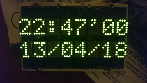 16-znakowy wyświetlacz ASCII LED