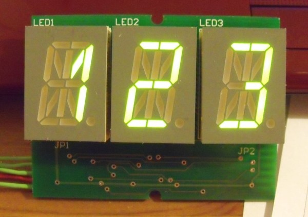 Moduł 3-znakowego, 17-segmentowego wyświetlacza LED