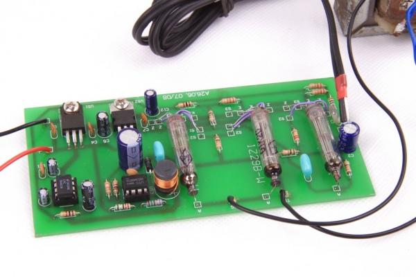 Wzmacniacz lampowy zasilany z baterii
