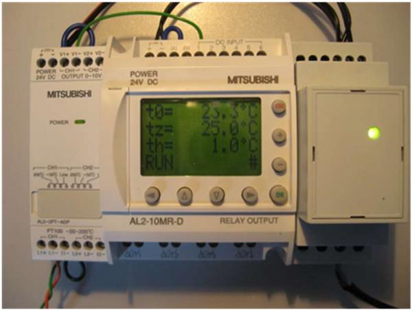 Sterownik PLC Alpha2. Termostat oraz regulator PID (2/3)